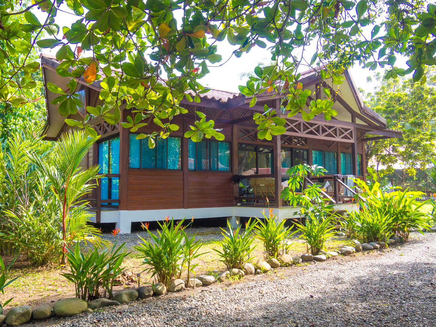 Kenaki Lodge Bungalows